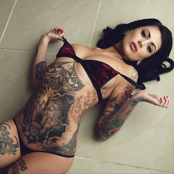 Sizzling tattooed girls.